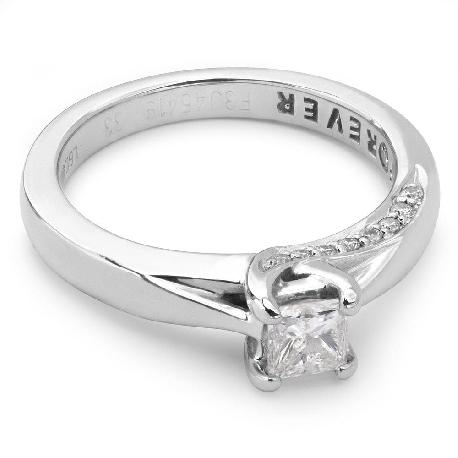 """Teemantidega kihlasõrmus """"Printsess 4"""""""