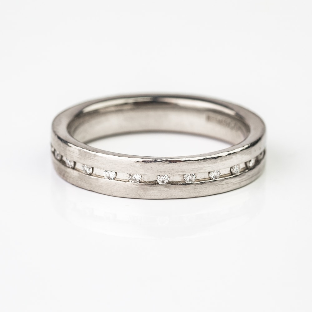 """Engagment ring with brilliants """"Diamond strip 11"""""""