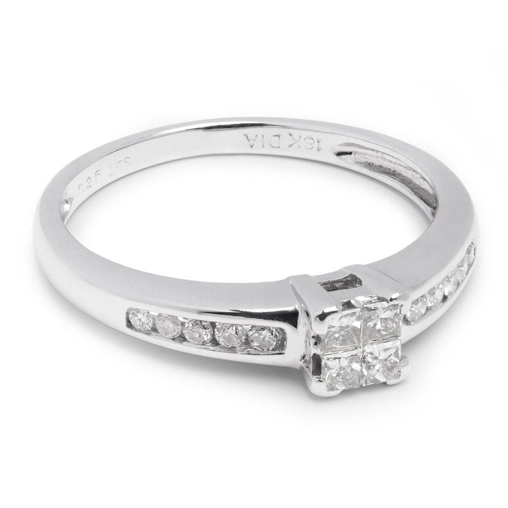 """Engagement ring with diamonds """"Princesses 17"""""""