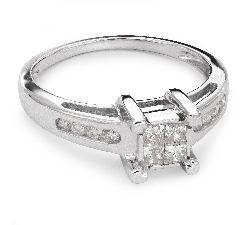 "Engagement ring with diamonds ""Princesses 31"""