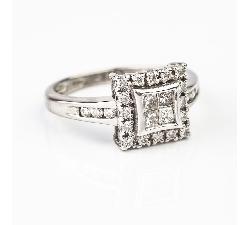 """Auksinis žiedas su Deimantais """"Princesės 17"""""""