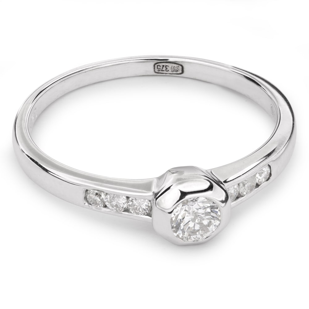 """Engagment ring with brilliants """"Embraced 2"""""""