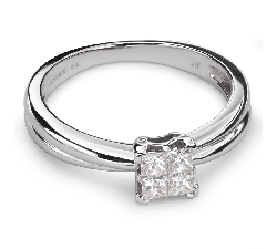 "Engagement ring with diamonds ""Princesses 40"""