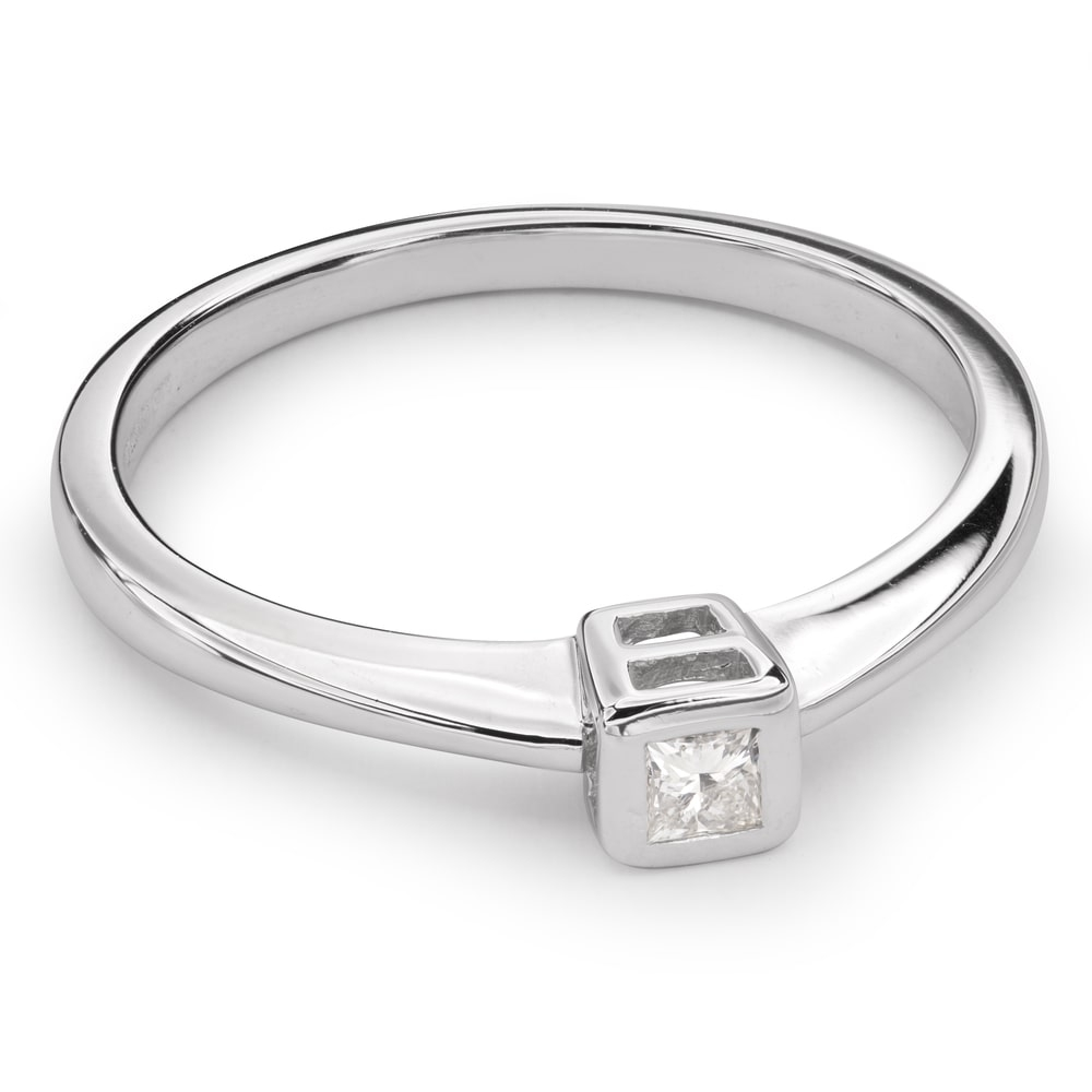 """Engagement ring with diamond """"Embraced 24"""""""