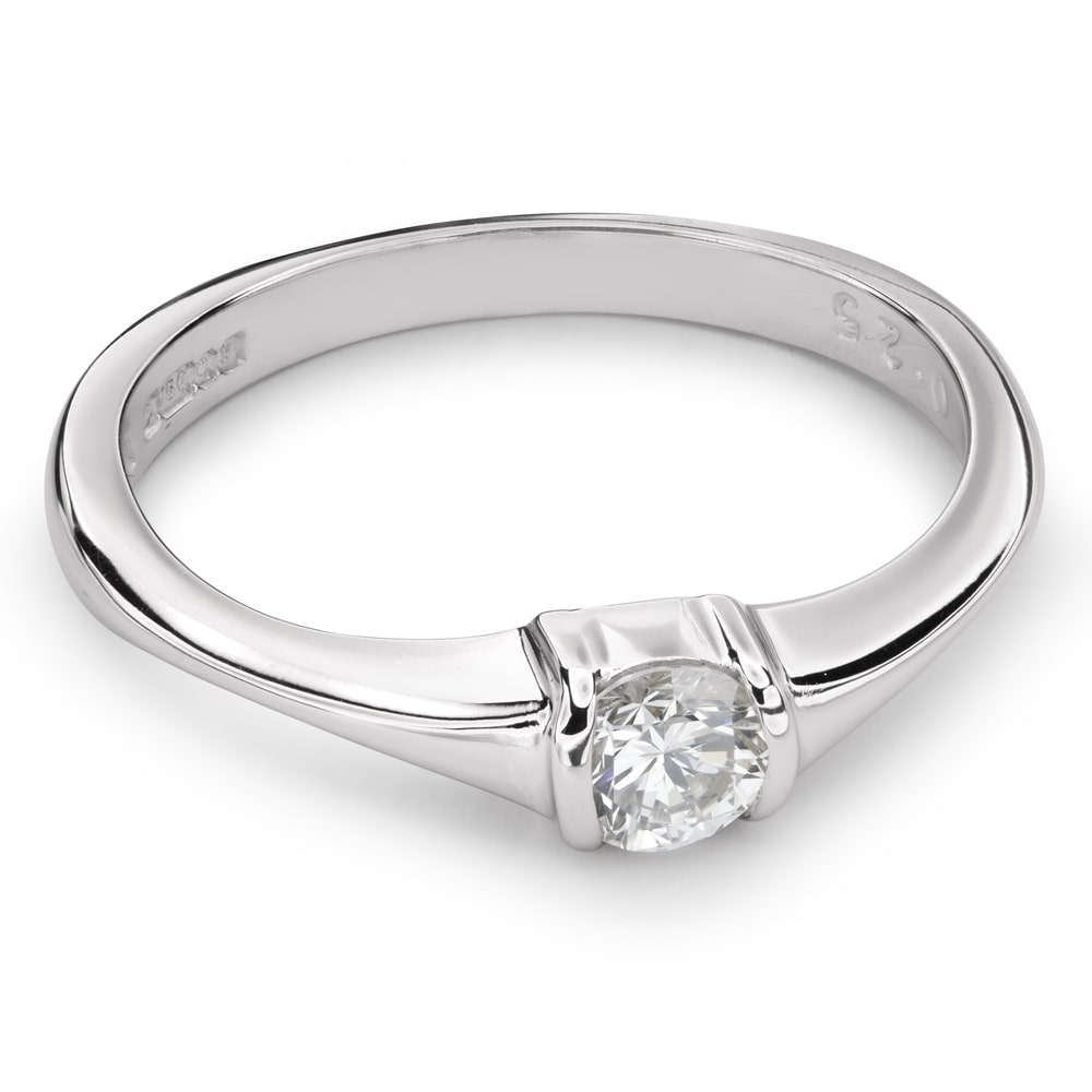 """Engagement ring with brilliant """"Strength 82"""""""