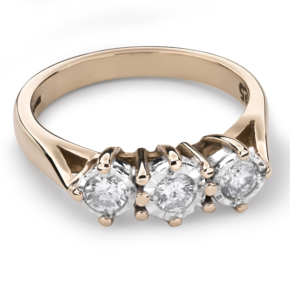 """Engagment ring with brilliants """"Trilogy 19"""""""