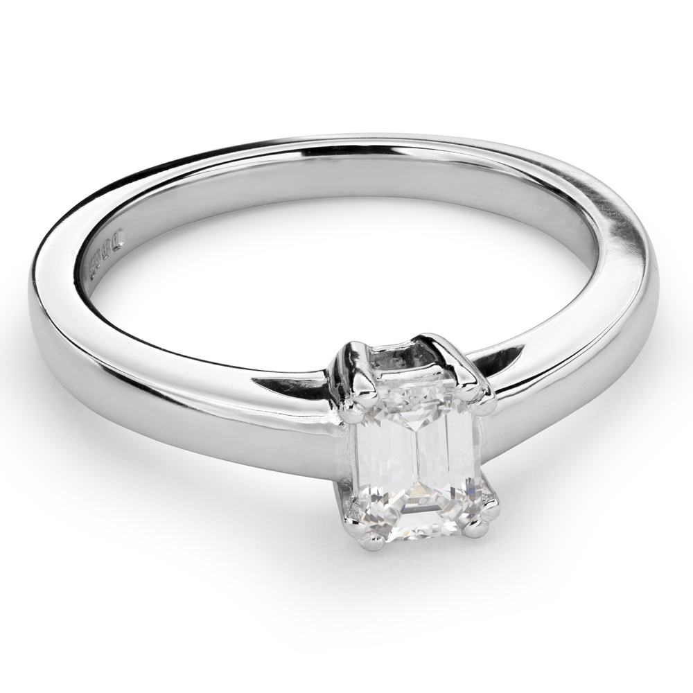 """Engagement ring with diamond """"Strength 85"""""""