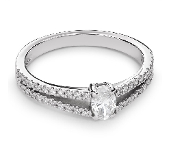 "Engagement ring with diamonds ""Grace 90"""