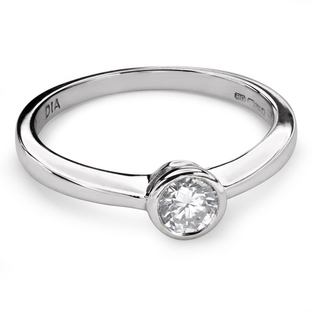 """Engagement ring with brilliant """"Between the rocks 23"""""""