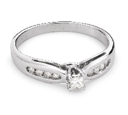 "Engagement ring with diamonds ""Grace 112"""