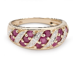 "Gold ring with gemstones ""Ruby 43"""