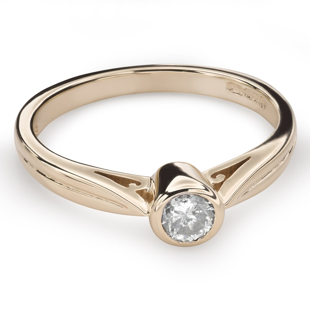 """Engagement ring with brilliant """"Between the rocks 29"""""""