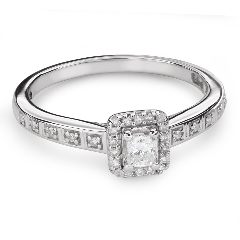 """Engagement ring with diamonds """"Unforgettable 18"""""""
