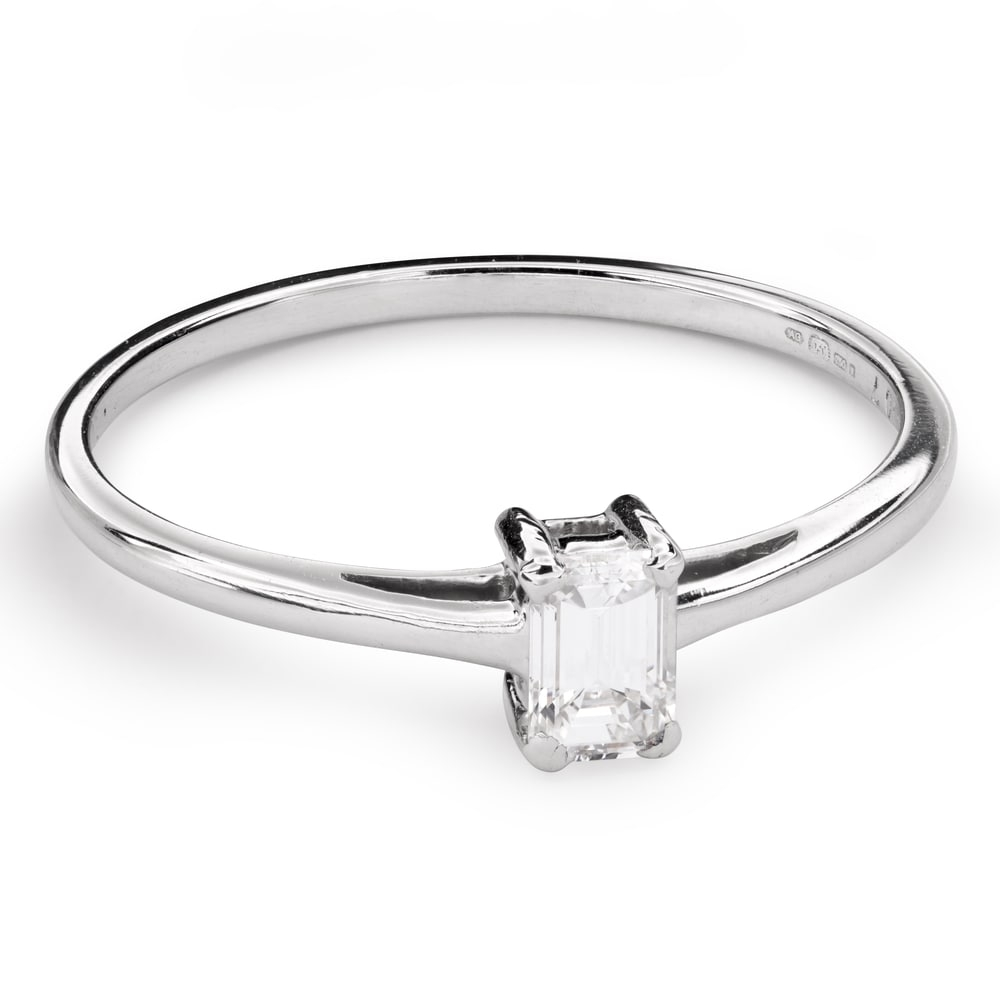 """Engagement ring with diamond """"Strength 104"""""""