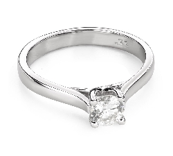 """Engagement ring with brilliant """"Intertwined destinies 51"""""""