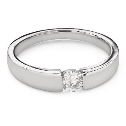 """Engagement ring with brilliant """"Between the rocks 66"""""""